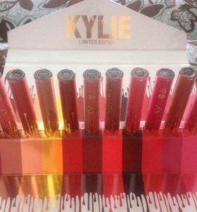 Помады Kylie