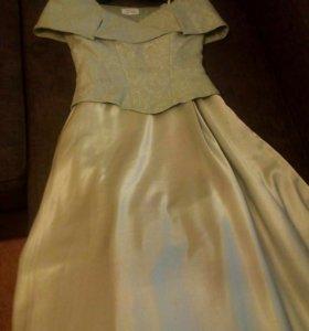 Вечернее (бальное) платье
