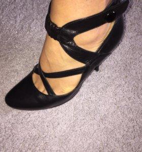 Туфли женские из натуральной кожи 38 размер