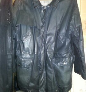 Кожанная куртка(натуральная кожа)
