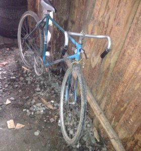 Спортивный велосипед