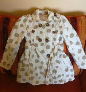 Пальто для девочки р. 110-116