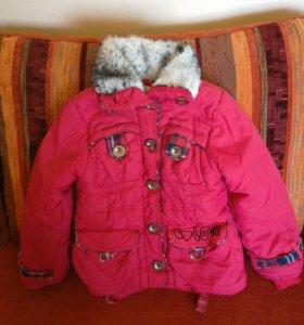 Куртка на девочку р. 110-116