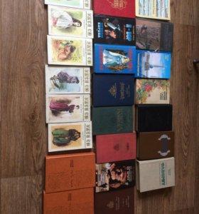 Очень много книг!!!