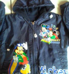 Детская курточка на подкладке.