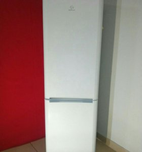 Холодильник Indesit двухкамерный, доставка