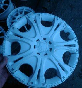 Колпаки R13 Lotus