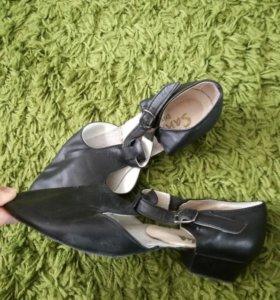 Туфли хореографические.