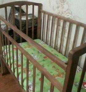 Детская маятниковая кровать