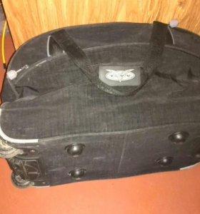 Сумка чемодан на колёсиках