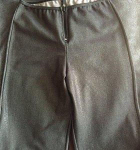 Женские спортивные брюки р. 42