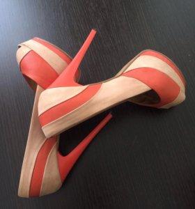 Туфли Vitacci. Кожа!
