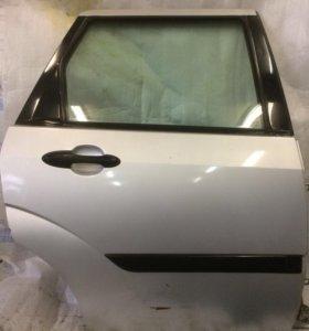 Форд фокус 1 универсал дверь задняя правая