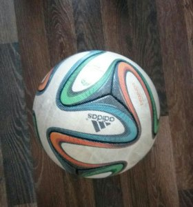 Мяч Adidas brazuca (official match ball)