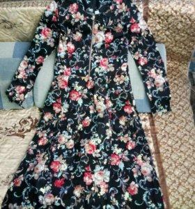 Платья очень красивое новое