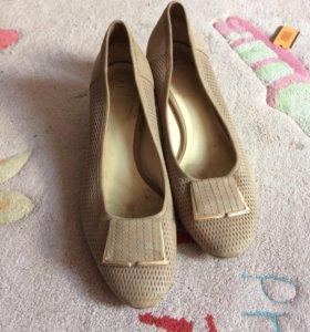 Туфли (покупала в Loriblu