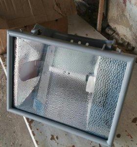 Прожектор новый 400 Вт