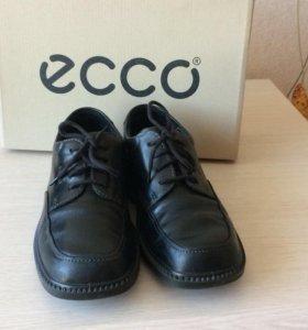 Туфли подростковые ЕССО 39 размер