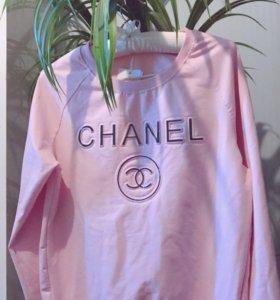 Chanel 😏свитшот