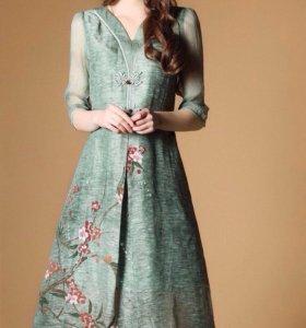 Платье новое в Наличии размер 42-44