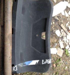Обшивка крышки багажника VW Skoda