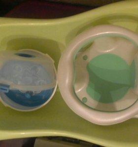 Ванночка, сиденье и стерилизатор