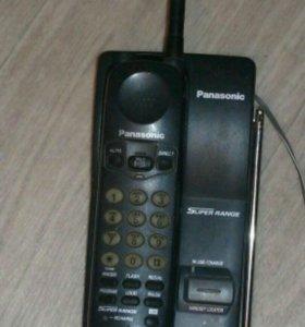 Продам радиотелефон Panasonic с автоответчиком.