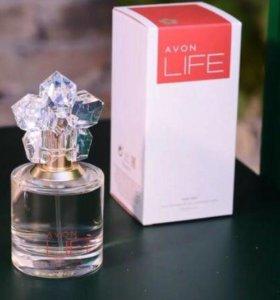 Парфюмерная вода женская Life цветочно-древесный