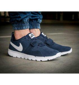 Кроссовки Nike SB Trainerendor L