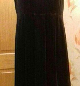 Платье из бархата для будущей мамы