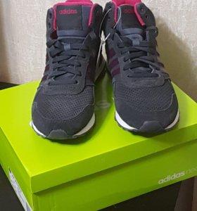 Новые кроссовки Adidas Neo оригинал.