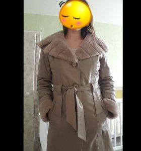 Кожаное зимнее пальто на меху.
