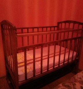 Кровать с маятником продольным