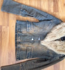 Куртка джинсовая на меху 42/44 размер.