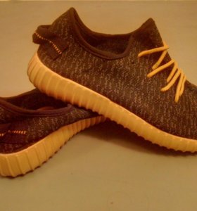 Adidas Yeezy новые мужские кроссовки