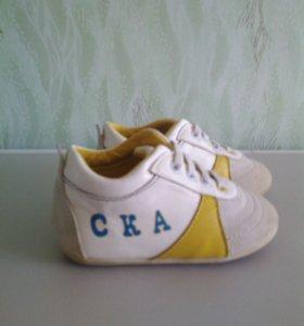 Обувь на мальчика от года до двух лет
