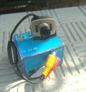 Камера с микрофоном.