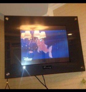 Жк телевизор. Встроенный DVD. Крепление на стену.