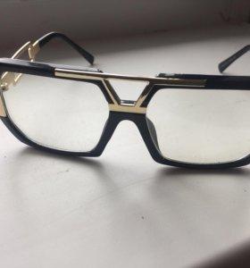 Очки с прозрачной линзой