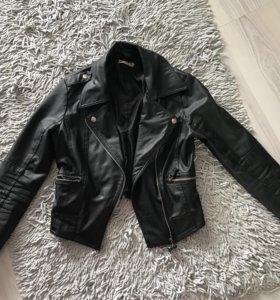 Куртка, размер s