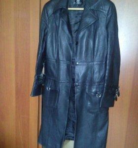 Кожаный плащ-пальто из натуральной кожи женское