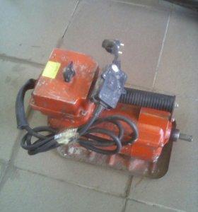 Погружной глубинный вибратор 1,4Кв шланг 3,5м