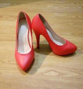 Туфли, босоножки,ботинки