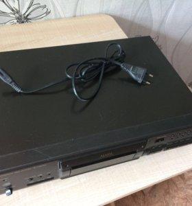 CD плеер Technics SL-PS670A