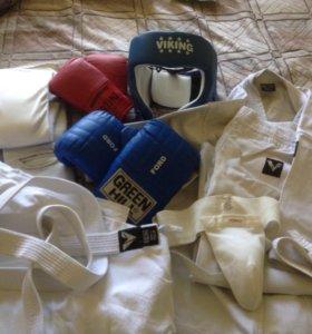 Пакет спортивная одежда: кимоно, ракушка, перчатки