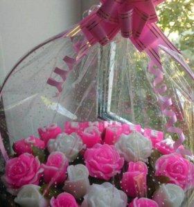 Корзиночка роз из мыла на юбилей!