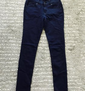 Брюки джинсы дудочки