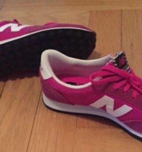 Новые кроссовки New Balance 39