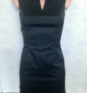 Платье 40-42 элегантное