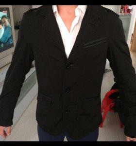 Фирменный летний пиджак от Armani
